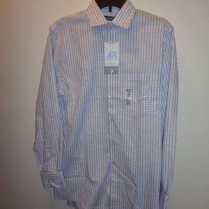 Van Heusen Air Regular-Fit Dress Shirt Size Medium